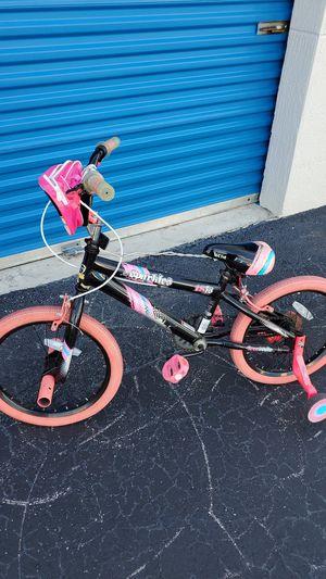 "Girls 18"" bike w/ training wheels for Sale in Miramar, FL"