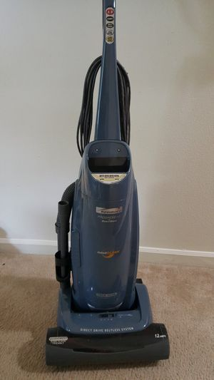 Kenmore Vacuum Cleaner. for Sale in Everett, WA