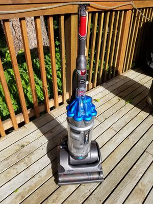 Dyson DC17 Asthma and Allergy Vacuum for Sale in Bellevue, WA