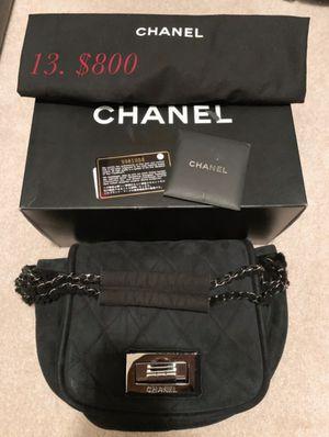 CHANEL fur black bag for Sale in Las Vegas, NV