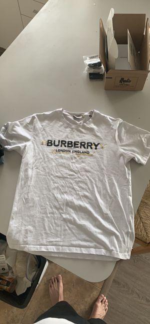 Burberry Men's T for Sale in Ocean City, NJ