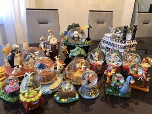 Collectible Disney Snow Globes (Up, Mickey, Toy Story, Winnie the Pooh) for Sale in Davie, FL