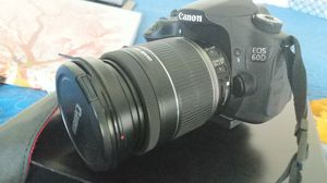 DSLR CAMERA CANONEOS60D for Sale in Bedford, TX