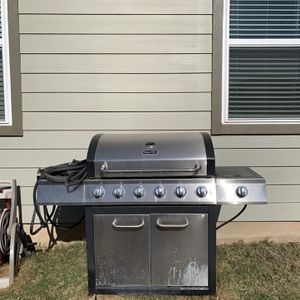 Propane grill for Sale in Liberty Hill, TX