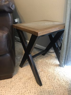 End table for Sale in Nashville, TN