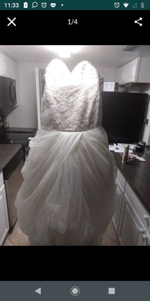 Vera Wang wedding dress for Sale in Davie, FL