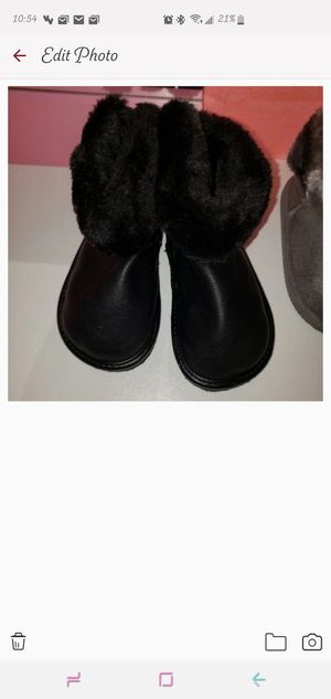 H&M toddler girls boots for Sale in West Hartford, CT