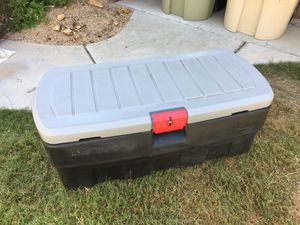 "Rubbermaid Large Action Packer lockable storage bin container camping boating garage 42""x20""x17"" for Sale in Glendale, AZ"