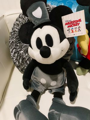 """Disney Milestone Mickey Mouse Steamboat Willie Limited Edition 24"""" Plush NWT for Sale in Avondale, AZ"""