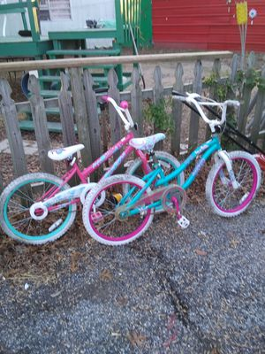 2 girls bikes 40 for both for Sale in Commerce, OK