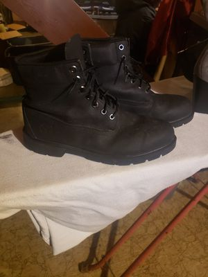 Men's size 10.5 Timberland boot. Used but still in good condition for Sale in Elyria, OH