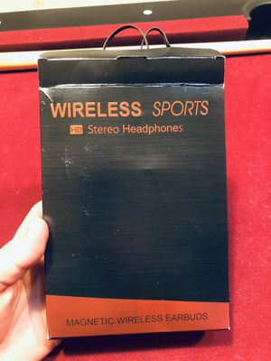 Magnetic wireless headphones for Sale in Indianapolis, IN
