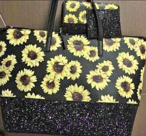Handbag set for Sale in Smyrna, TN