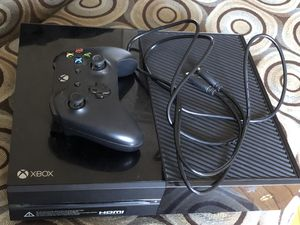 XBOX ONE 500GB for Sale in St. Louis, MO