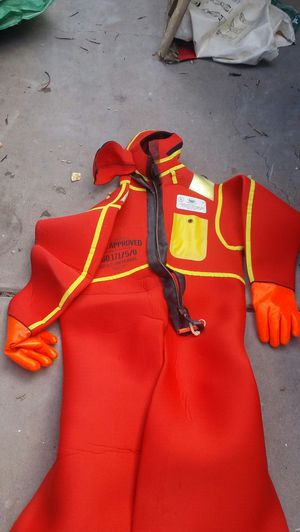 Bayley immersion suit for Sale in Tempe, AZ