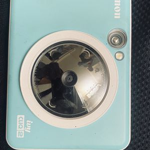 Ivy Cliq 2 Polaroid Camera for Sale in Modesto, CA