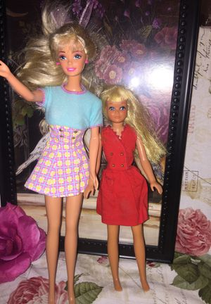 """Barbie 1980""""s with Malibu Skipper """" 1970@s approx dates both in Euc no chews stains missing no chopped hair limbs as shown sold as one lot for Sale in Northfield, OH"""