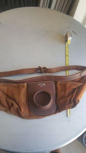 Vintage Ruff N Ready 150 leather waist fishing rod pole holder belt for Sale in Phoenix, AZ