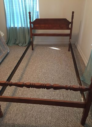 Vintage twin bed frame for Sale in Decatur, TX
