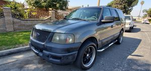 2004 Ford Expedition Runs great clean inside & out for Sale in Pico Rivera, CA