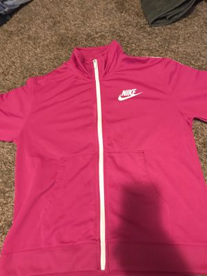 Nike sweater medium hot pink for Sale in Milwaukee, WI