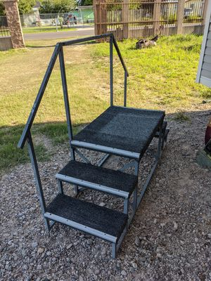 Steps for mobile home.. 2ft in height.. asking 170 obo for Sale in Palmview, TX