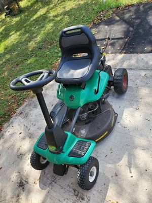 """Riding Mower 26"""" weed eater lawn mower for Sale in Orlando, FL"""