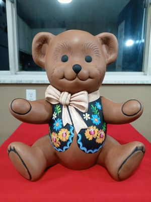 CUTE HAND PAINTED CERAMIC TEDDY BEAR STATUE. for Sale in Covington, KY