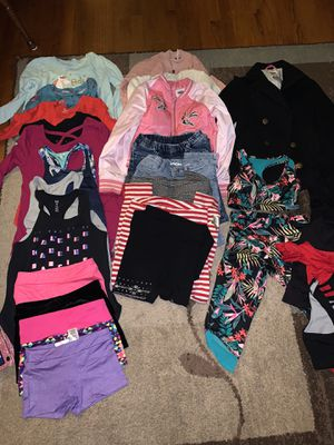Size small kids clothing ( size6/7) for Sale in Riverside, CA