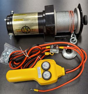 Winch 2,000 lbs. and Tie-Downs for Sale in Corona, CA