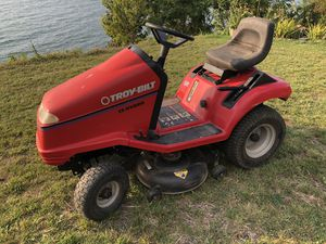 Troy-Bilt 13 Hydro lawn tractor for Sale in Willoughby, OH