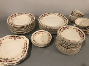 HOMER LAUGHLIN CHINA SET**VINTAGE for Sale in Rocky River, OH