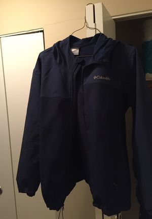 Men's sportswear Columbia jacket hoodie attached (size XL) for Sale in Euclid, OH