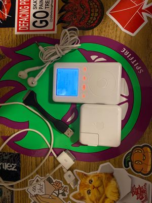 iPod Classic 3rd gen for Sale in Los Angeles, CA