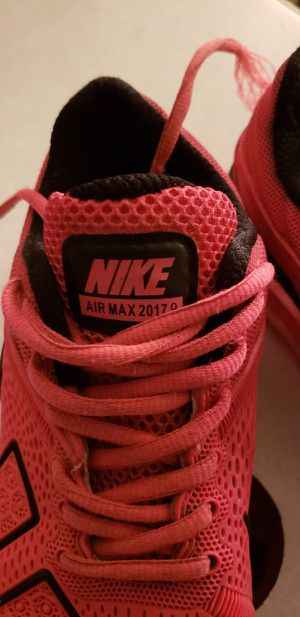 Pink Nike air max size 5.5..Great pair of shoes for Sale in St. Louis, MO