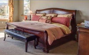 King size bedroom set for Sale in Wenatchee, WA