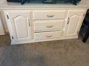 Dresser/entertainment center for Sale in Wichita, KS