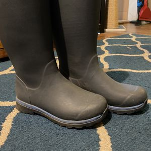 Muck Rain Boot Women Size 8 for Sale in Marietta, GA