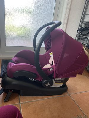 Maxi Cosi infant Car seat + base for Sale in Miami, FL