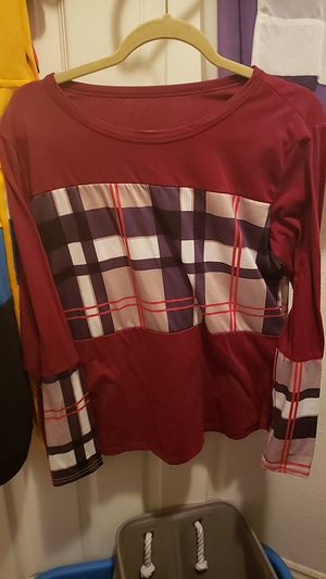 long sleeve shirt for Sale in Las Vegas, NV