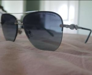 Tiffany and co Infinity Sunglasses for Sale in Temple City, CA
