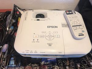 Epson projector x12 for Sale in Miami Beach, FL