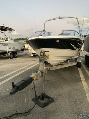 Bayliner boat 19ft 2008 for Sale in Miami, FL