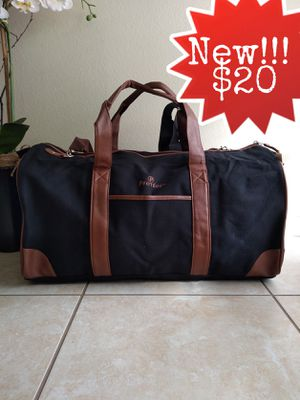 New!!! Canvas Duffle Bag With Shoulder Strap for Sale in Thousand Oaks, CA