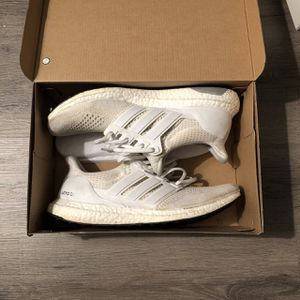 Adidas ultra boost 1.0 Triple White for Sale in Centreville, VA