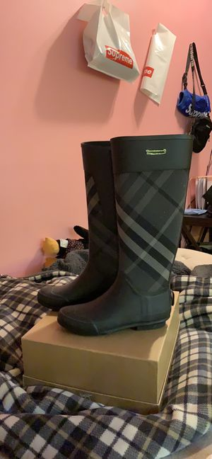 Burberry for Sale in Seattle, WA