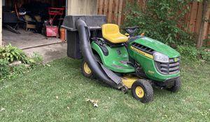 John Deere riding lawn mower D105 for Sale in Bloomingdale, IL
