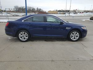 2011 Ford Taurus SE for Sale in Des Moines, IA