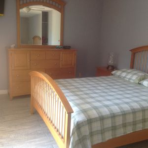 Queen Size Bedroom Set for Sale in Fort Myers, FL