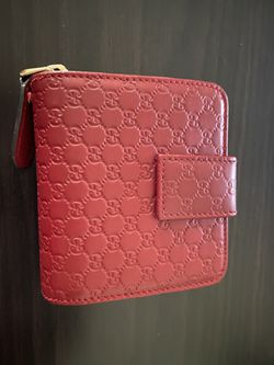 Red Monogram Gucci Wallet for Sale in Fremont,  CA